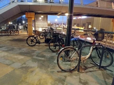 Radom, plac Jagielloński, rowerem na zkupy
