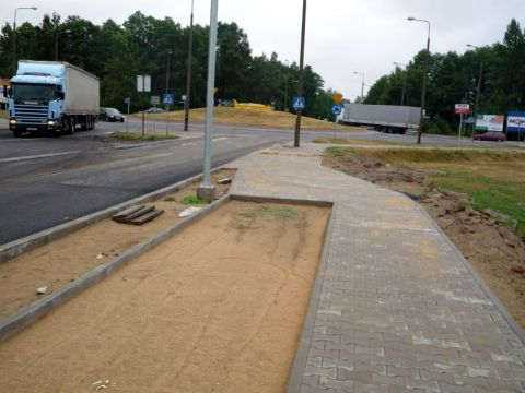 Radom. Ulica Koziecnicka, budowa drogi rowerowej