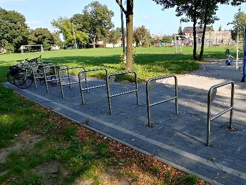 Radom, park Ruzika, rowerem na zkupy