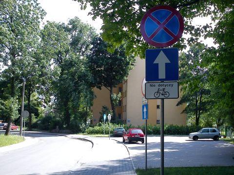 Radom. Jednokierunkowa ulica Bema dwukierunkowa dla rowerów