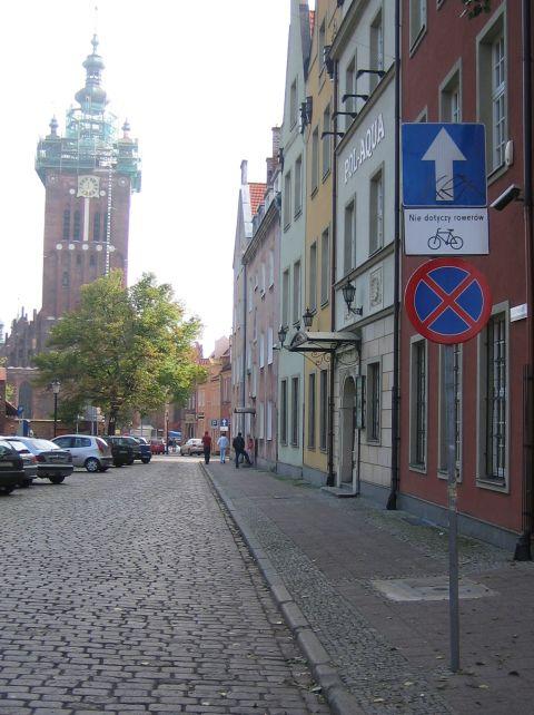 Gdańsk. Dwukierunkowy ruch rowerowy w jezdniach ulic jednokierunkowych