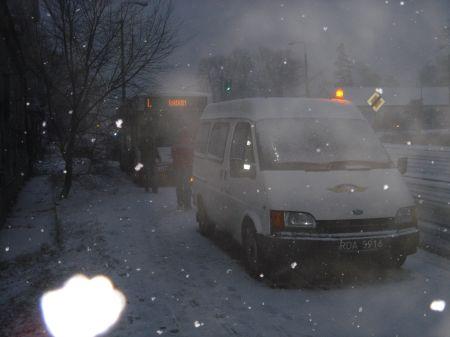 Radom, Kolizja na ul. Wernera - autobus na chodniku