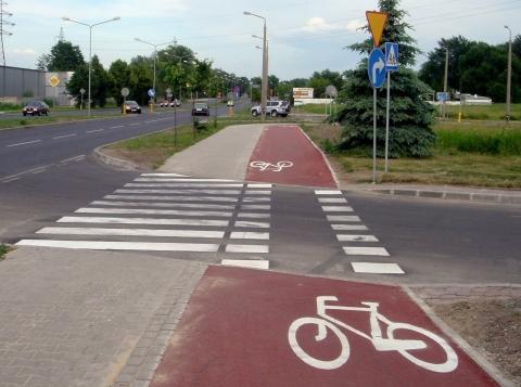 Radom. Przejazd rowerowy na ul. Maratońskiej