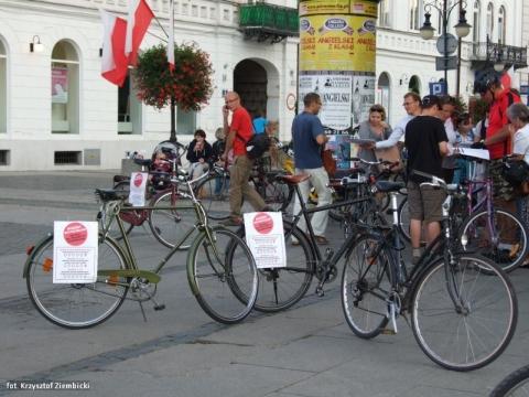 Radom. Specjalna Masa Krytyczna. Zagłosuj na rowery!