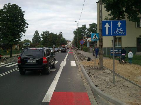 Lublin. Pasy rowerowe w jezdni