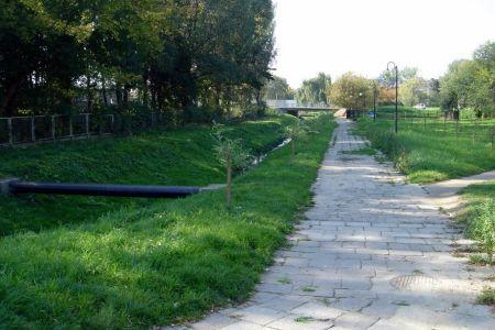 Radom. Koncepcja drogi rowerowej wzdłuż potoku Północnego