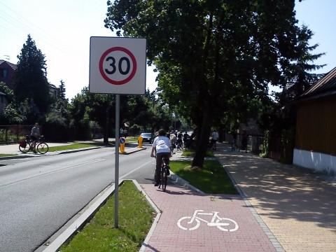 Puławy. W strefie TEMPO 30 nie stosuje się wydzielonych drog dla rowerów