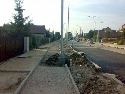 Radom. Budowa drogi rowerowej na ulicy Słowackiego