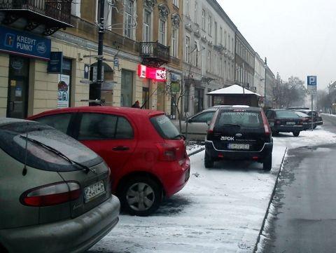 Radom. Dziurawa Strefa Płatnego Parkowania