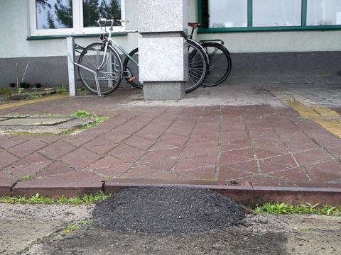 Radom. Niewidzialne infrastruktura rowerowa - wystarczy tylko trochę asfaltu
