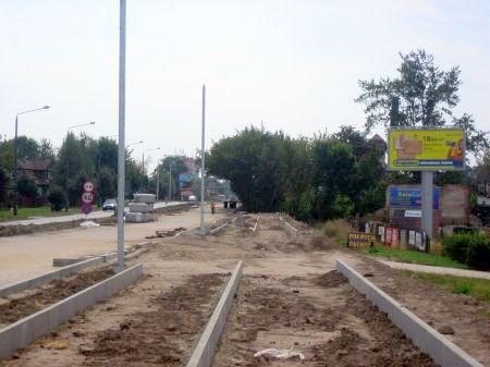 Radom. Budowa drogi rowerowej w ul. Warszawskiej