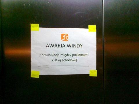 Radom. Niedziałające winda przy Galerii Słonecznej