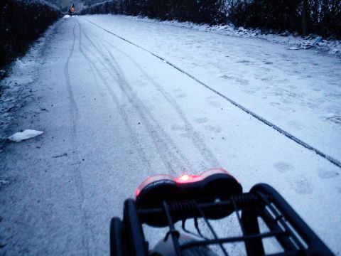 Radom. Zimowi rowerzyści