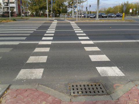 Radom. Przejazd rowerowy na ul. Żółkiewskiego