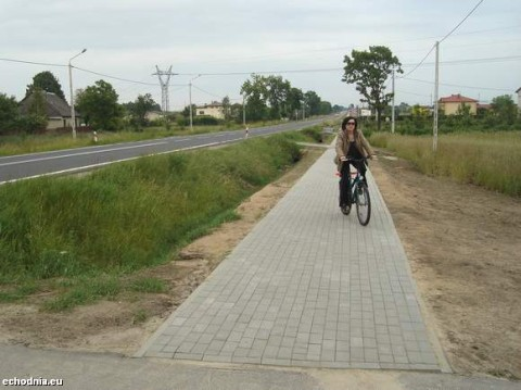 Ciąg pieszo-rowerowy Zwoleń - Podzagajnik